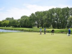 Past the Water Trap Putt